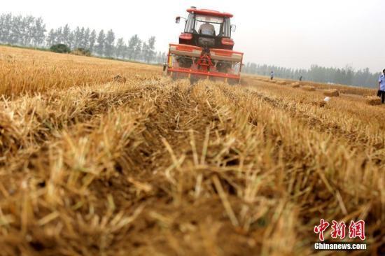 农业农村部:力争到2025年农作物综合机械化率达75%