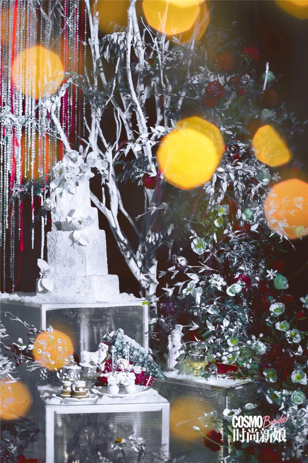 冬季冰雪自带香气?巧用花艺让整场婚礼光芒闪耀