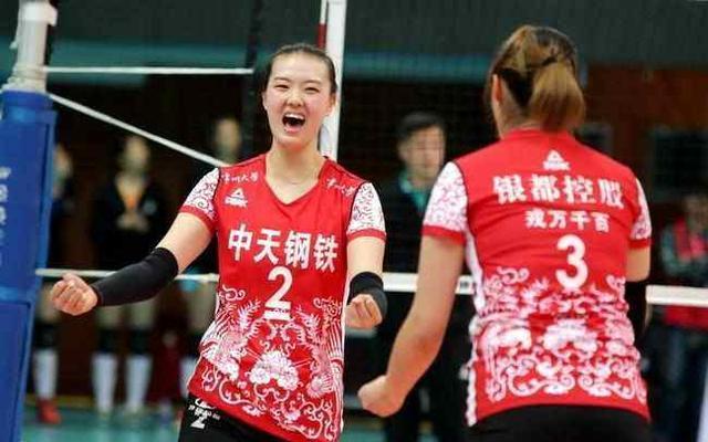 天津女排0-3江苏遭遇七连胜后的首败 李盈莹得28分