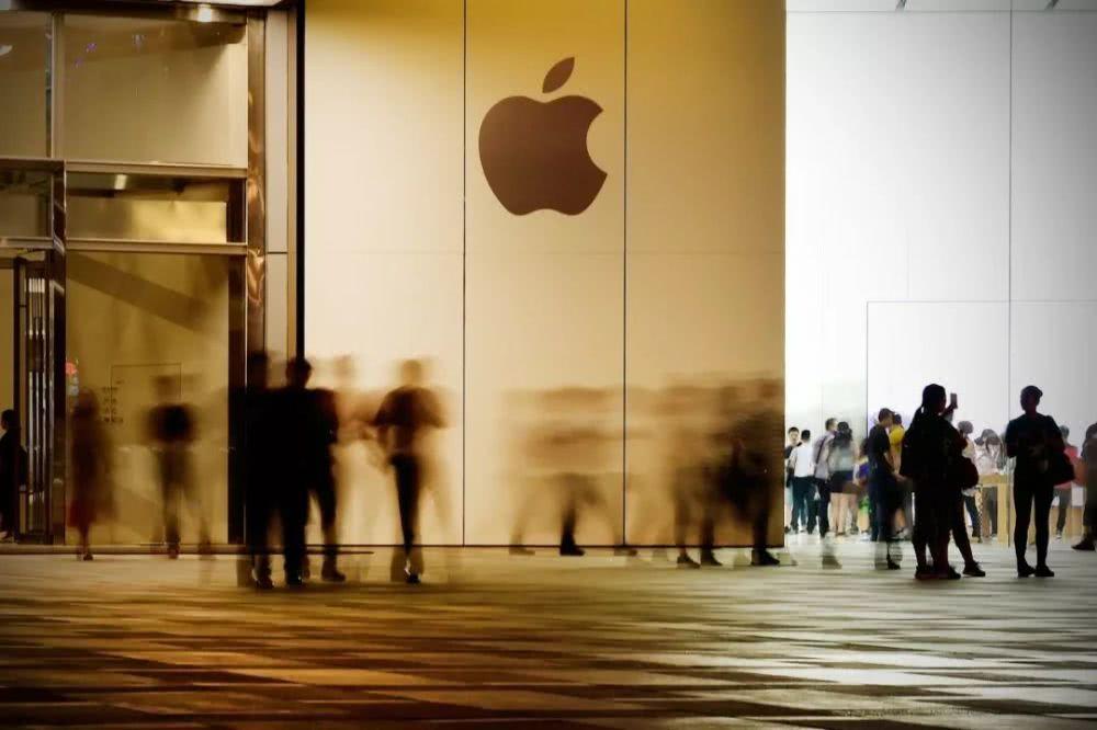 """苹果也要冲业绩了?趁年底推出""""史上最大优惠"""""""