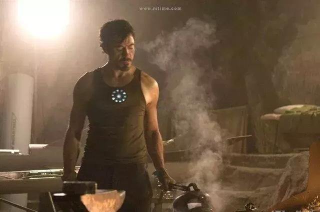 漫威:复联4惊奇队长将取代钢铁侠 成MCU领导人