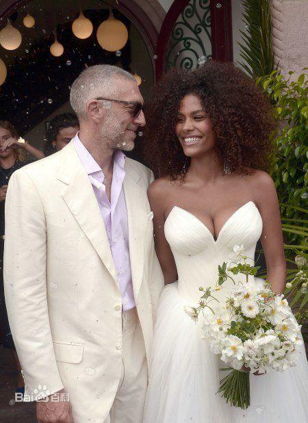 文森特宣布嫩模妻子怀孕,文森特妻子怀孕几个月了是男是女