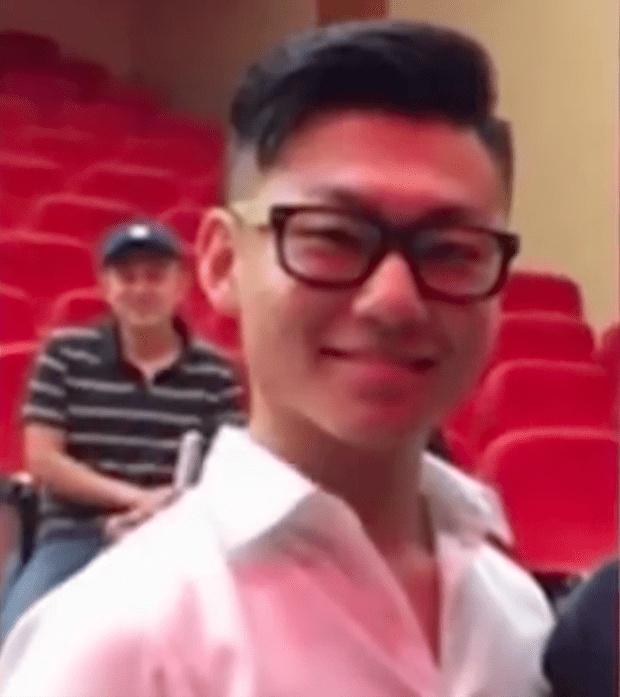 白岩松20岁儿子白清扬近照曝光 长相气质和父亲神似!