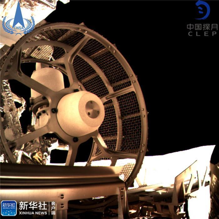 嫦娥四号两器分离 玉兔二号顺利驶抵月背表面 玉兔二号痕迹图