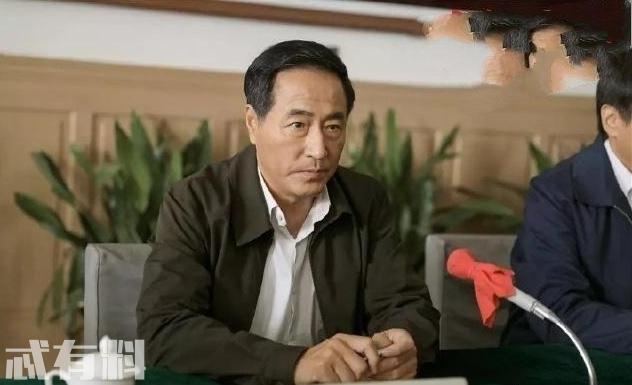 《大江大河》水书记为什么突然重用虞山卿?为什么后来又开除他?
