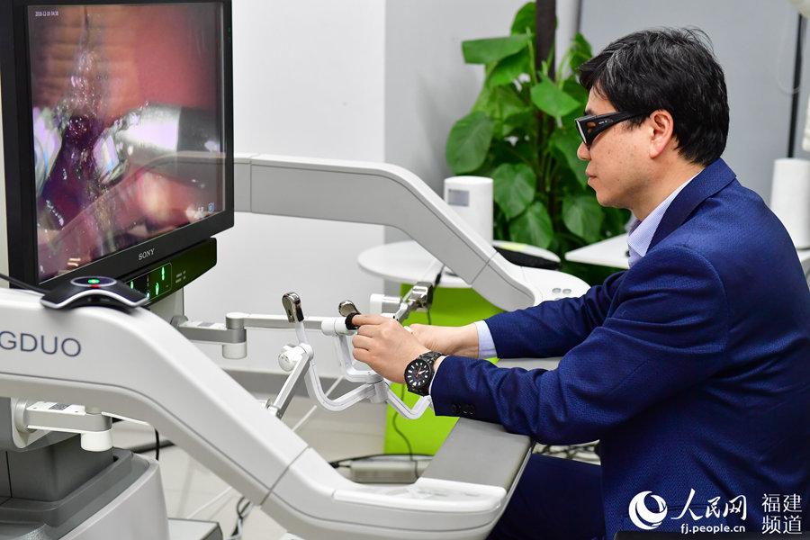 5G网络远程动物手术在福州成功实施