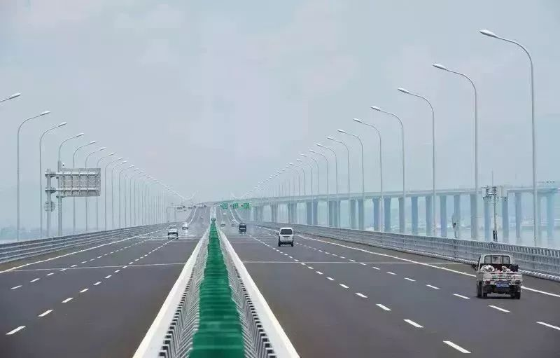 """厦漳大桥""""按年优惠"""":通畅60次后小型客车可免过桥费!"""