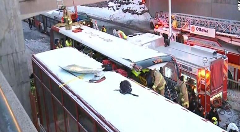 渥太华交通事故现场一览 已造成3人死亡23人受伤