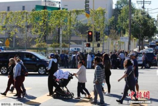 加薪谈判破裂 洛杉矶3万教师罢工50万学生受影响