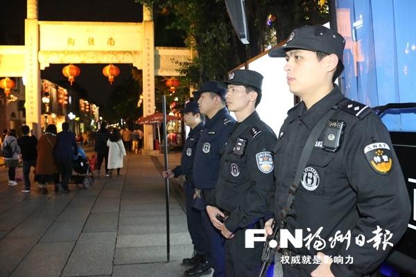 """警方织牢社会治安防控网 让福州市民""""眼见心安"""""""