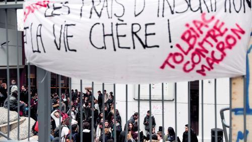 欧洲时报:这三家法国大学拒绝上涨外国学生注册费