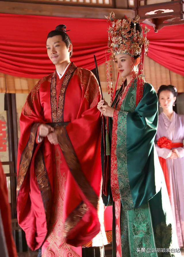 赵丽颖冯绍峰结婚照片曝光,网友:公费结婚,连微博头像也换成情侣款