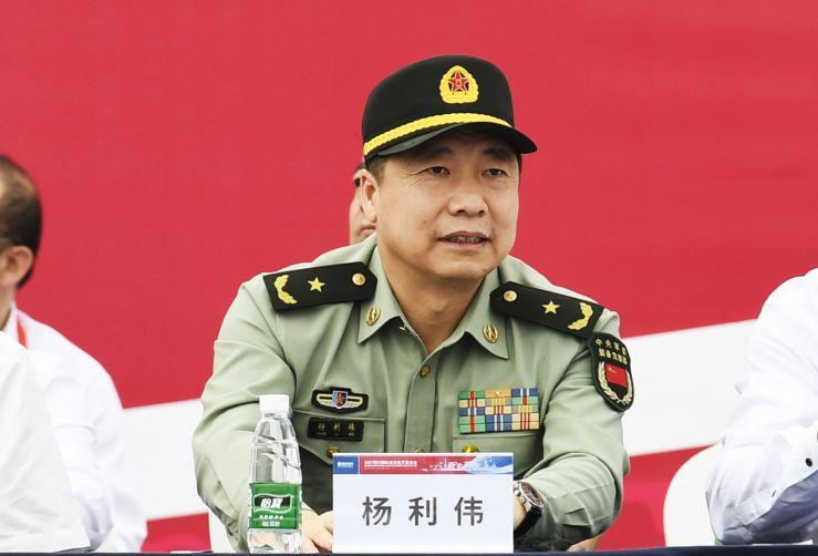 官方回应杨利伟去职:正常转岗,对造谣诽谤追究责任