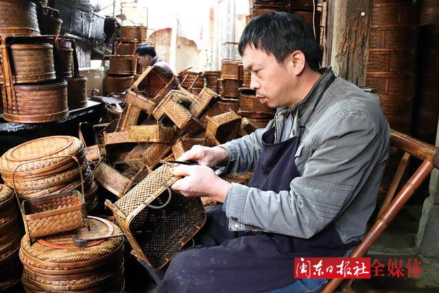 宁德古田传统竹编工艺:经纬之间编织时尚韵味