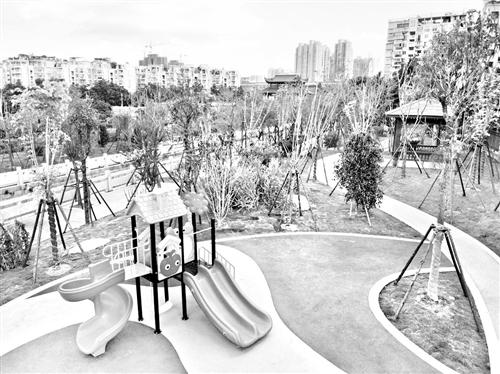 马沙溪串珠公园,配备了凉亭和儿童游乐场