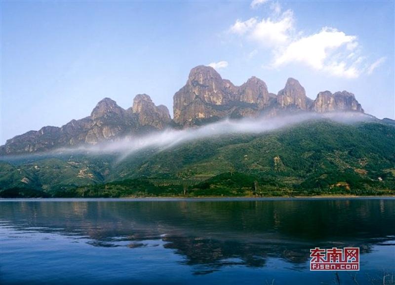 漳州平和灵通山正式命名国家地质公园
