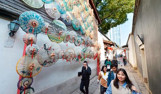 福州:打卡逛坊巷免费泡温泉 活动持续至2月20日