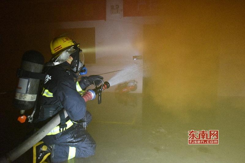 三明消防救援支队开展大型物流园跨区域实战演练保春节平安
