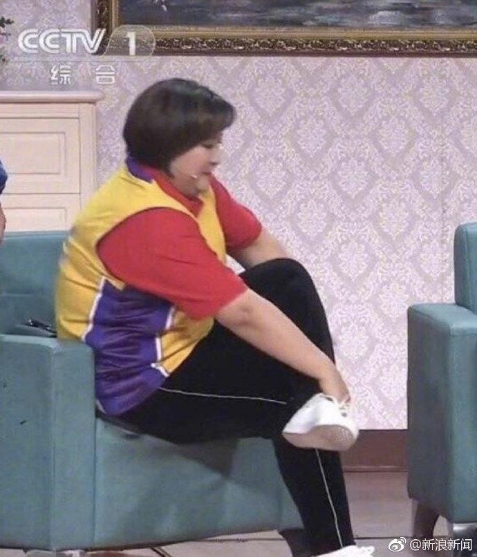 2019央视春晚贾玲没换裤子乔杉没换上衣 葛优穿27年前同款风衣