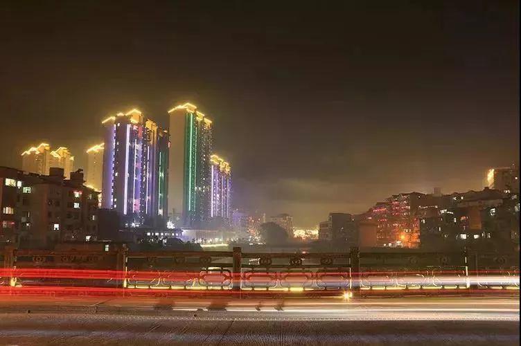 冷艳了!三明尤溪的夜空流光溢彩!这颜值你打几分?