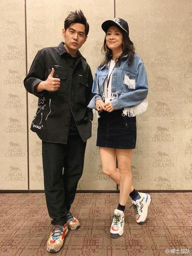 章子怡与昆凌亲密合影怎么回事 地表最强演唱会名不虚传 chunji.cn