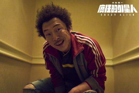 黄渤成首位票房破百亿明星 六部电影票房超十亿