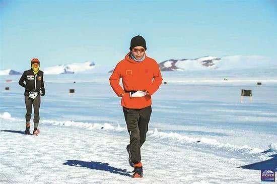 7天7大洲7场马拉松 三位中国勇士征服人类极限
