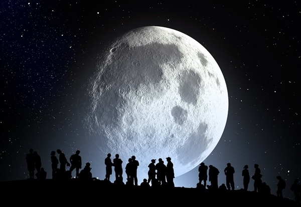 2月19日超级月亮来袭!今年元宵节将现年度最大最圆月亮