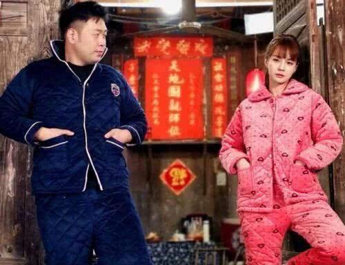 唐嫣婚后第一个情人节,微博晒出两张照片,意外暴露生活状态!