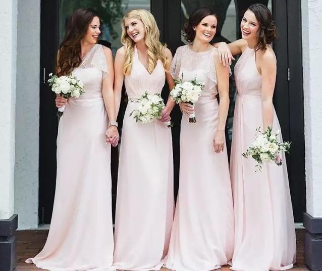女孩心中都有公主梦 粉色裙子带来低调的美感