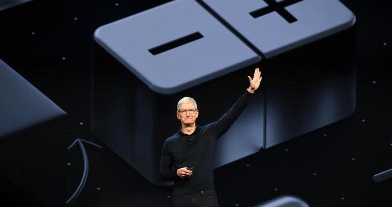 苹果管理层重组凸显三大信号:业务转型迫在眉睫