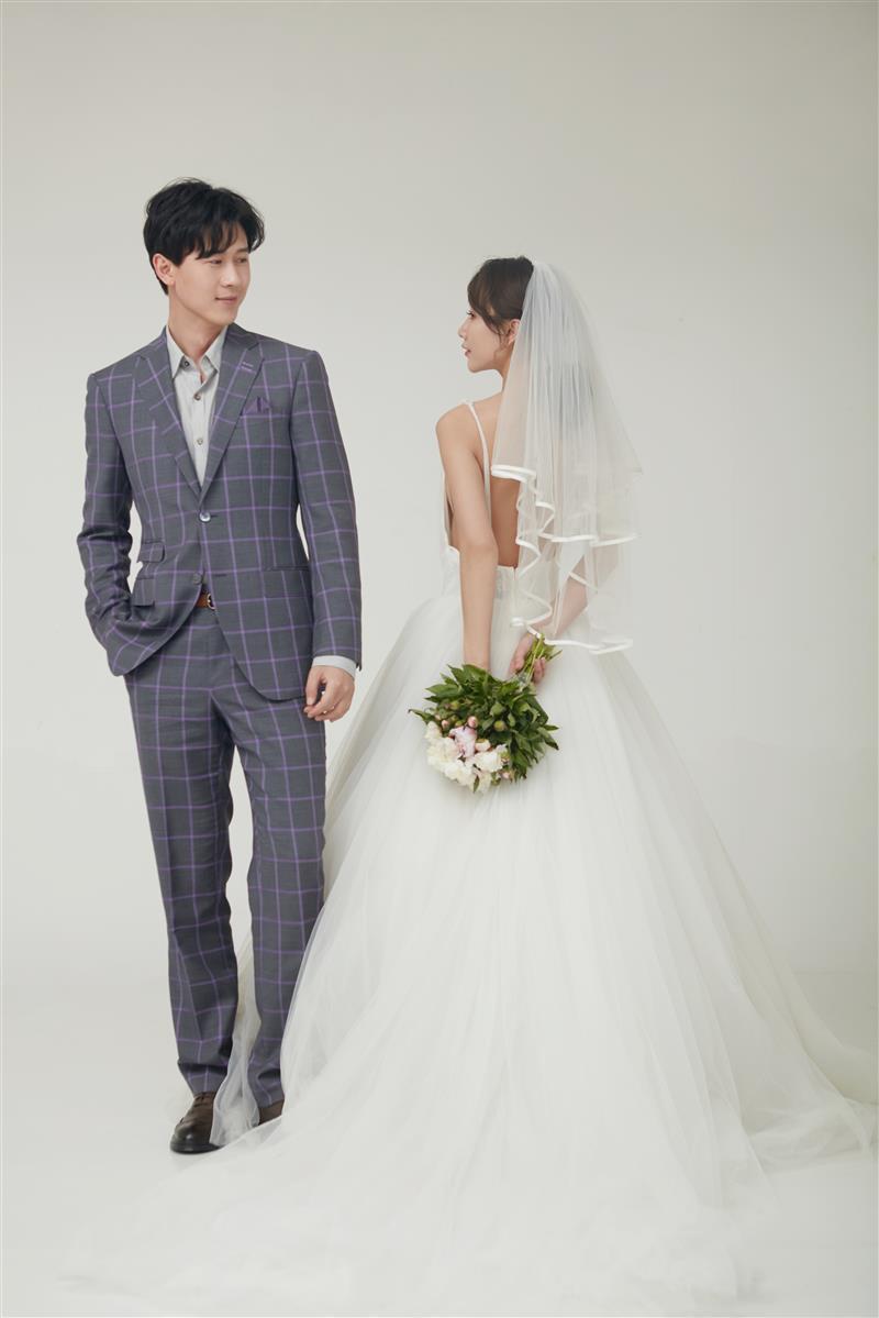 期待一场春日里的婚礼 我的西装你的婚纱