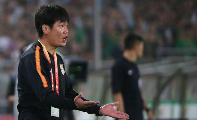 李霄鹏神奇换人 鲁能4-1逆转对手闯进亚冠正赛
