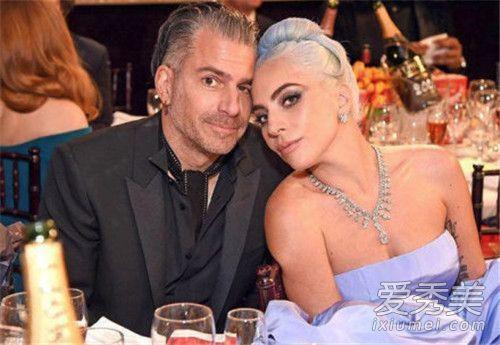 Lady Gaga取消婚约原因是什么 维持4个月婚约手上钻戒消失