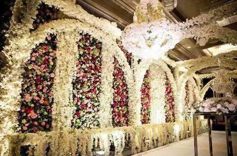 花艺市场发展中的热门之选—婚礼花艺设计