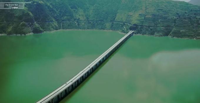 刚刚,中国公路震惊英国人!福建这10条如梦似幻!