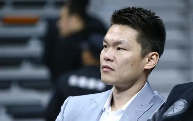 福特森打倒徐杰怎么回事 朱芳雨:要没退役让他结束职业生涯