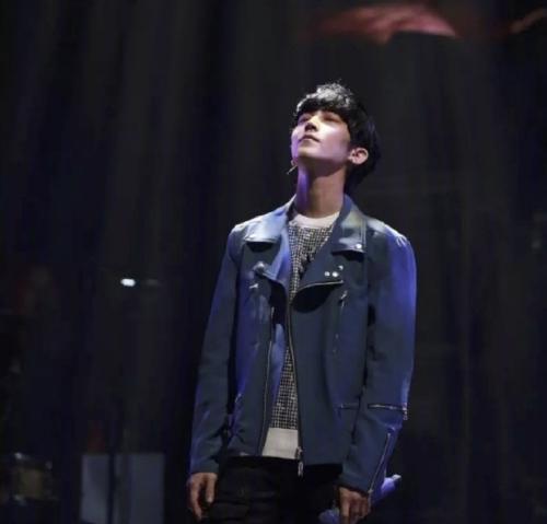 歌手2019第9期玻璃姐唱李健名曲踢馆歌手出炉 第8期淘汰的是她