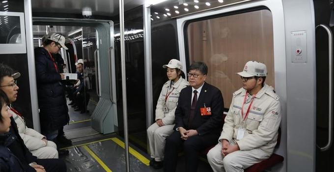 中国自制无人驾驶磁悬浮什么时候运行,无人驾驶磁悬浮长什么样