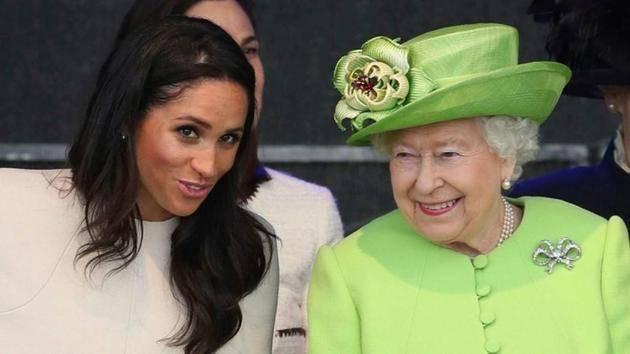 英女王首次发ins发了什么内容 英女王ins账号名字是什么?