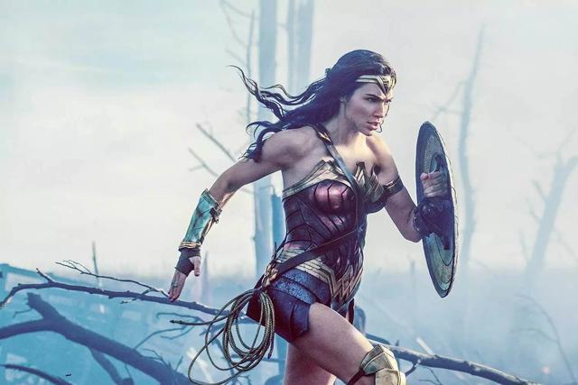 《惊奇队长》口碑两极分化,女主角颜值受吐槽,这一次漫威输了?