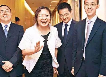 中国最富包租婆什么意思 吴亚军是谁资料照片传奇经历回顾