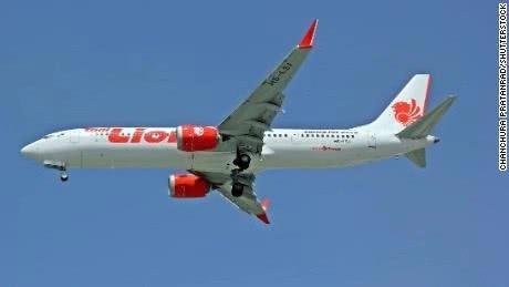 暂停波音737MAX是怎么回事 近五个月两架波音737MAX客机坠毁