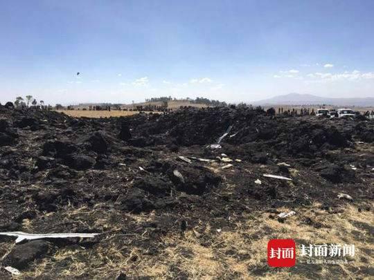 埃航坠机现场曝光 客机被曝起飞后失控 目击者:坠机现场火焰大