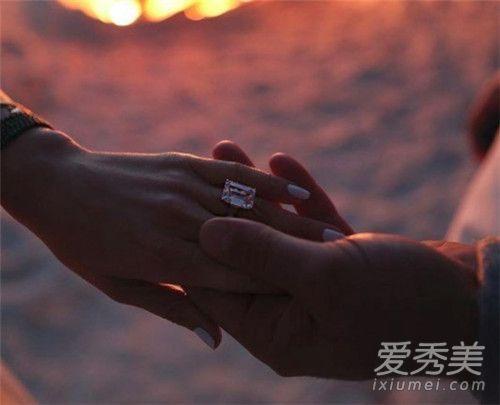 詹妮弗洛佩兹订婚怎么回事 詹妮弗洛佩兹未婚夫是谁个人资料照片