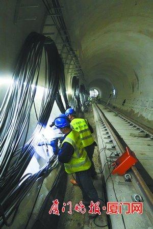 厦门地铁2号线过海隧道段今起铺轨 过海段区间全长2760米