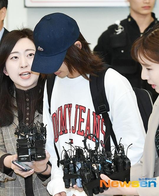 郑俊英仁川机场现场照曝光,郑俊英聊天记录具体内容是什么