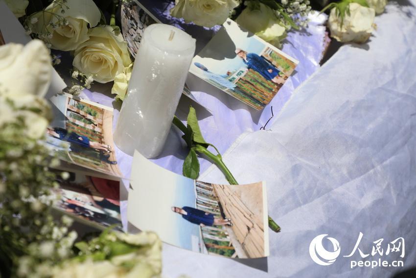 埃航在空难现场为遇难者家属举行悼念仪式