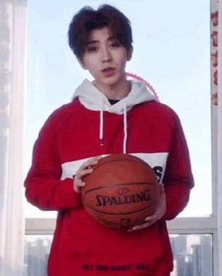蔡徐坤打篮球是什么梗 你打球像蔡徐坤来源出