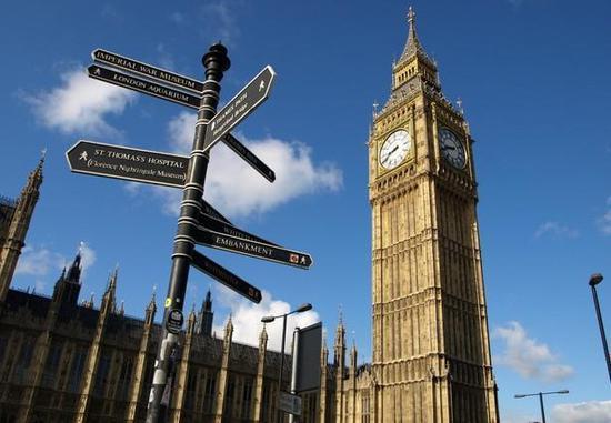 中国赴英留学生2018年增幅达13%总数接近10万人